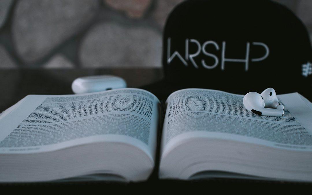 aaron-burden-SOgWvdpfbBs-unsplash
